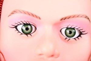 Sexpuppe Amber mit schönen Augen